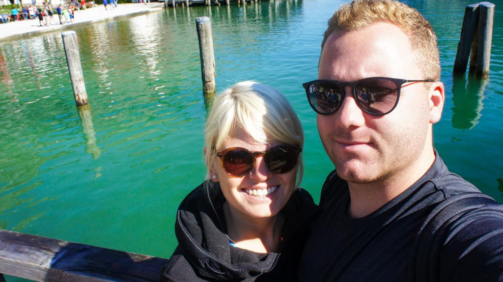 selfie-couple-koenigssee-st-bartholomae
