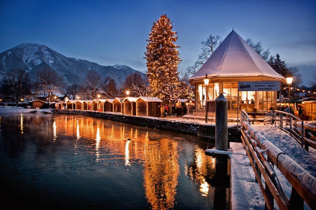 aussergewoehnlichsten_schoensten_Weihnachtsmaerkte_Muenchen_Weihnachtsmarkt_Adventszauber_Tegernsee